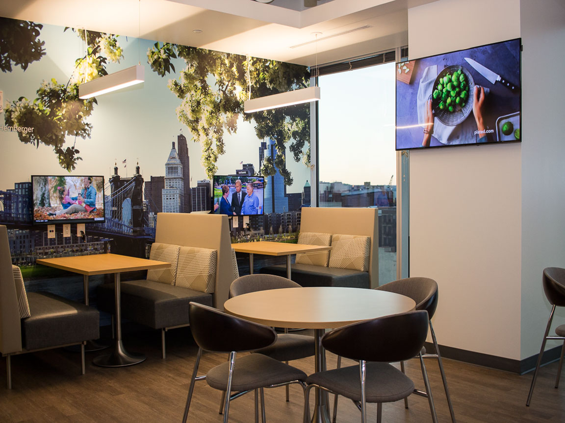 Cafe relaxation area with multiple flat screen digital signage/entertainment displays