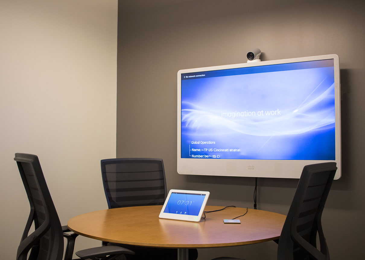 Huddle room for up to four people with video conference capability